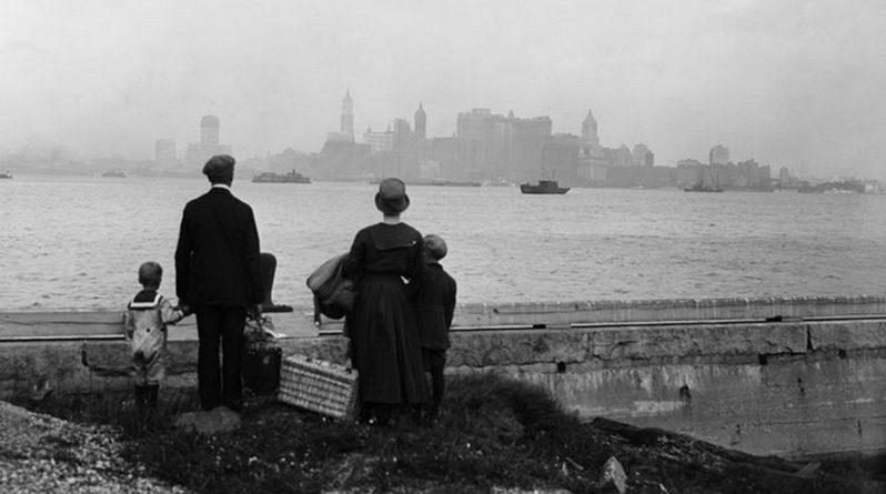Ellis Island Annees