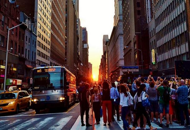 Manhattanhenge NYC