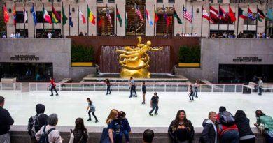 La célèbre patinoire du Rockefeller Center ouvre ses portes !